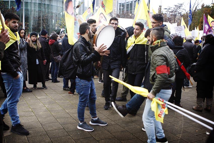 Betoging tegen het AKP-regime (fotoverslag)